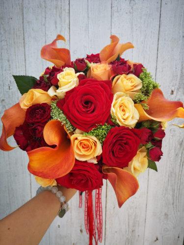 bukiet ślubny czerwono pomarańczowy