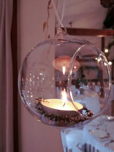 świeca w szkle